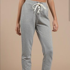NWT Tobi Chilled Heather Grey Lace up Joggers